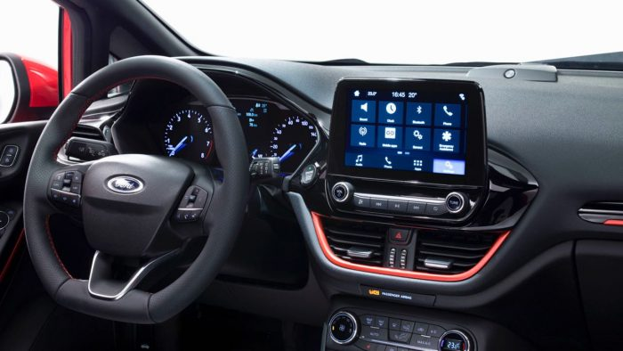 ford-fiesta-2017-interior-2