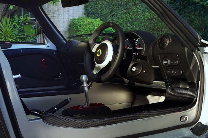 lotus-exige-sport-380-2016-interior-2