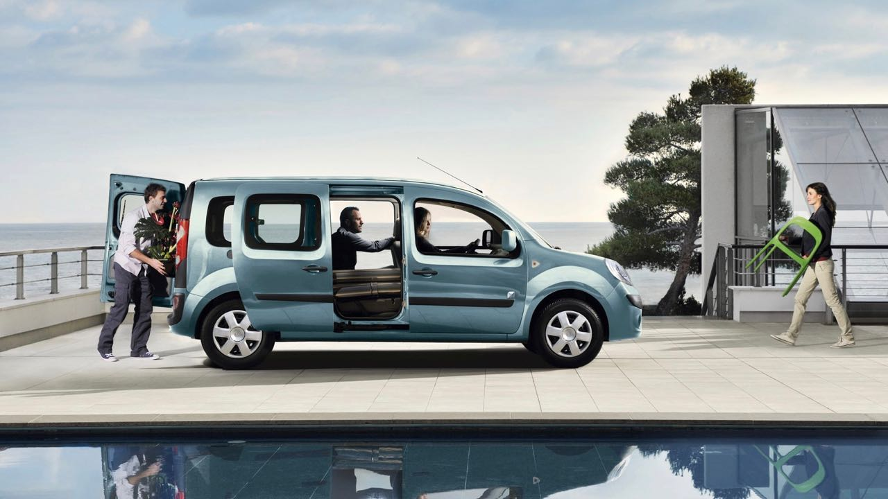 renault kangoo ze 2017 autonom a para triunfar. Black Bedroom Furniture Sets. Home Design Ideas