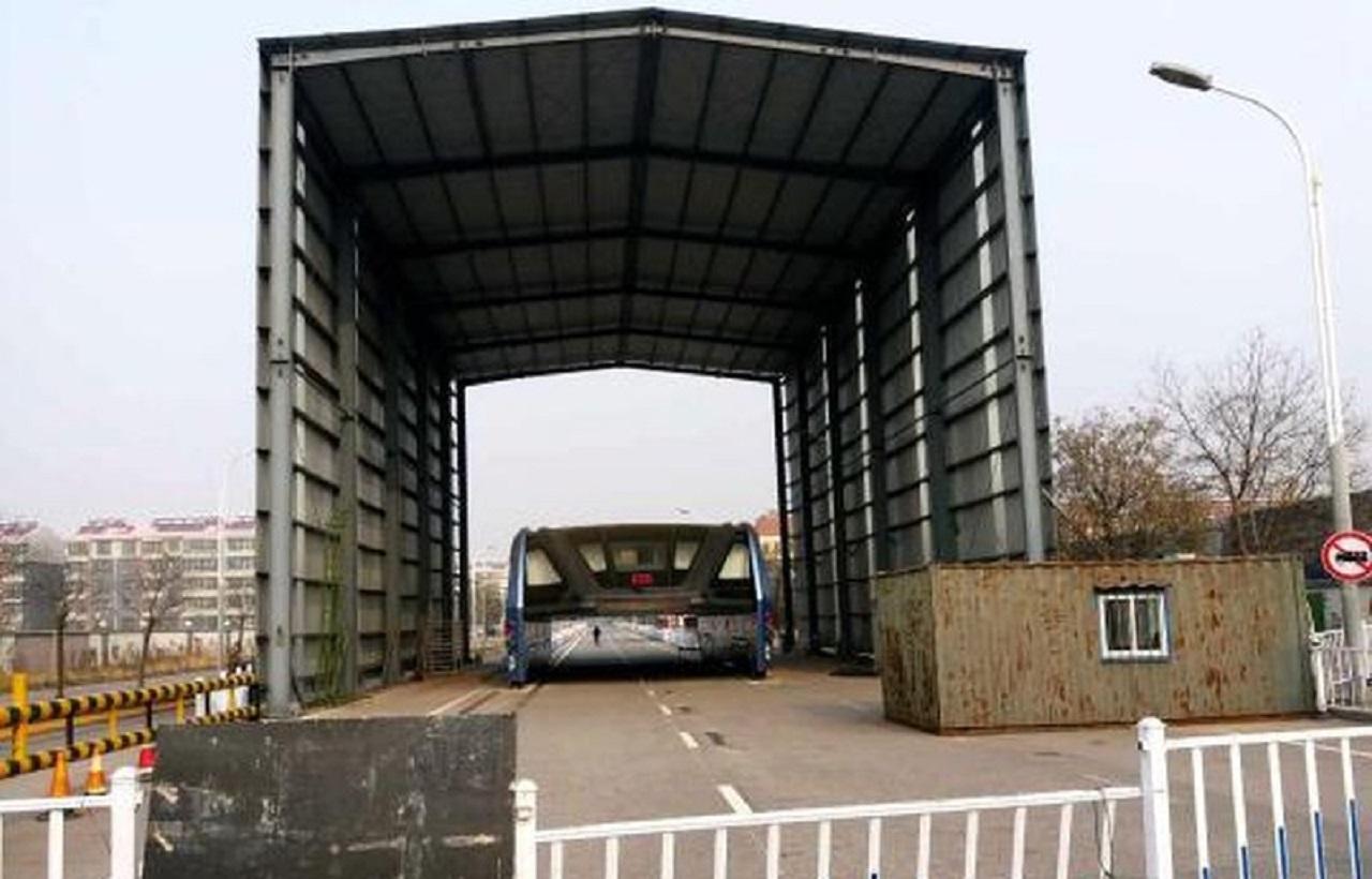 bus-elevado-chino