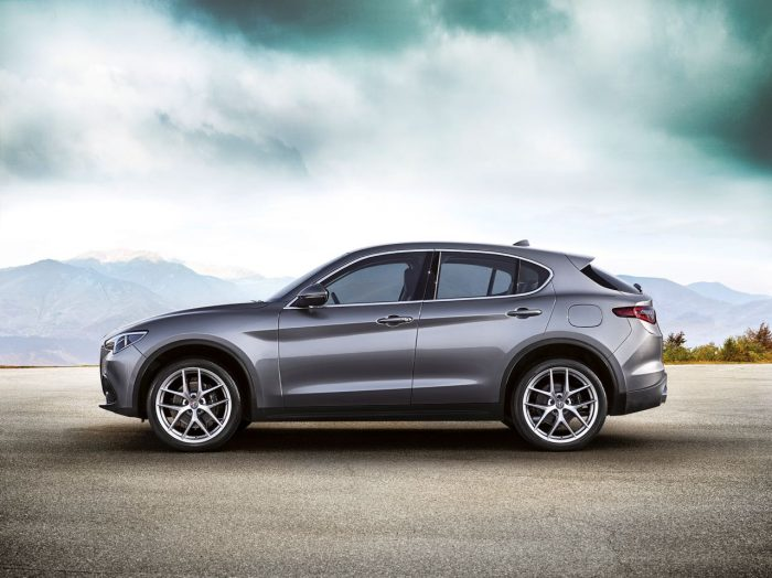alfa-romeo-stelvio-first-edition-2017-1