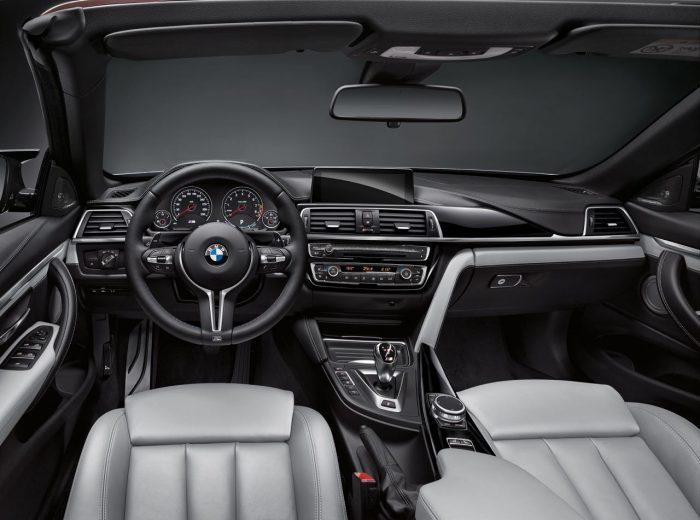 bmw-m4-2017-interior-3