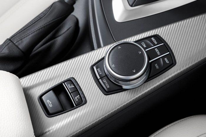 bmw-serie-4-coupe-m-sport-2017-interior-3