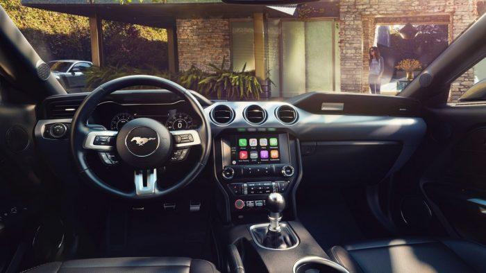ford-mustang-usa-2018-interior-1