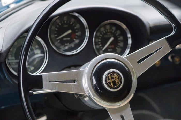 alfa-romeo-giulietta-sprint-speciale-by-bertone-1962-interior-3