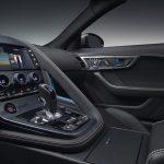 jaguar-f-type-2017-interior-4
