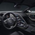 jaguar-f-type-400-sport-2017-interior-1