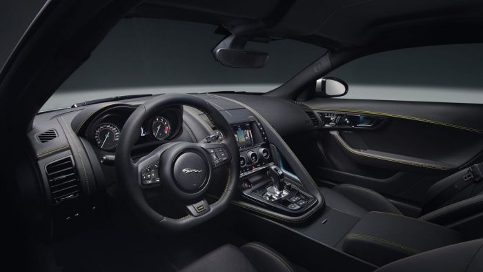 jaguar-f-type-400-sport-2017-interior-1