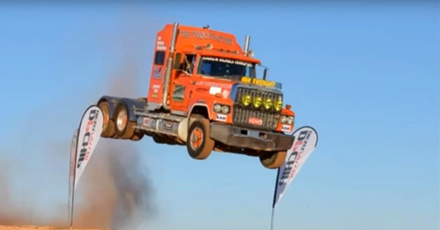 camion-saltando