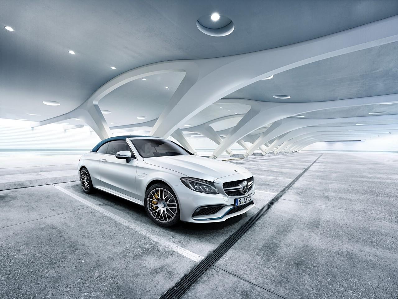 Mercedes-AMG C 63 Cabriolet Ocean Blue Edition