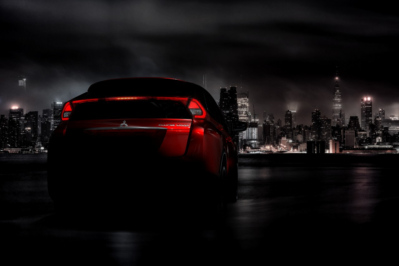 Mitsubishi Eclipse Cross Primeras Im 225 Genes Del Nuevo Suv