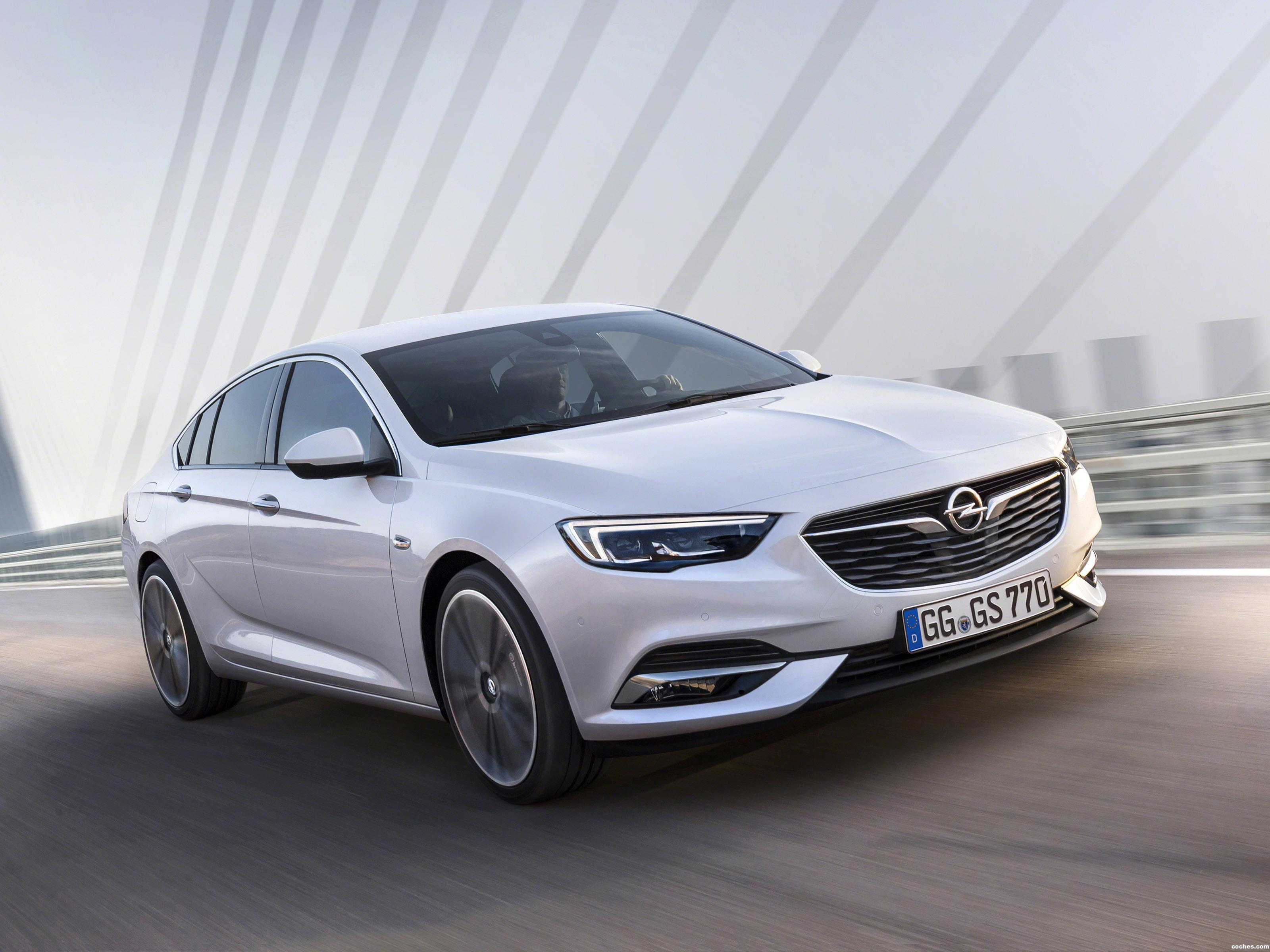 Fotos de Opel Insignia Grand Sport 2017
