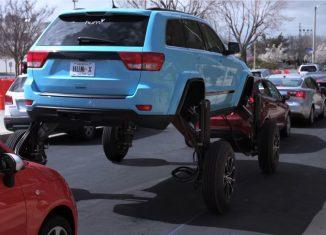 coche que se eleva