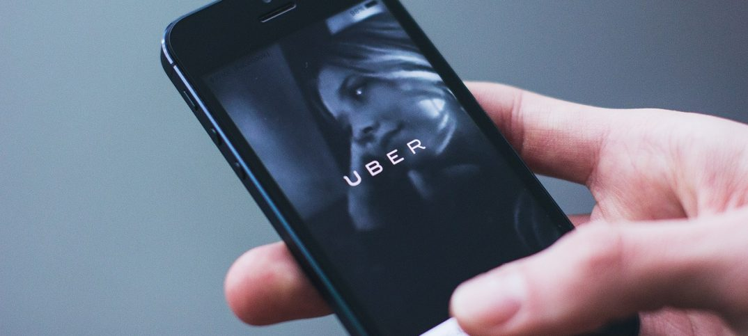 uber app en móvil