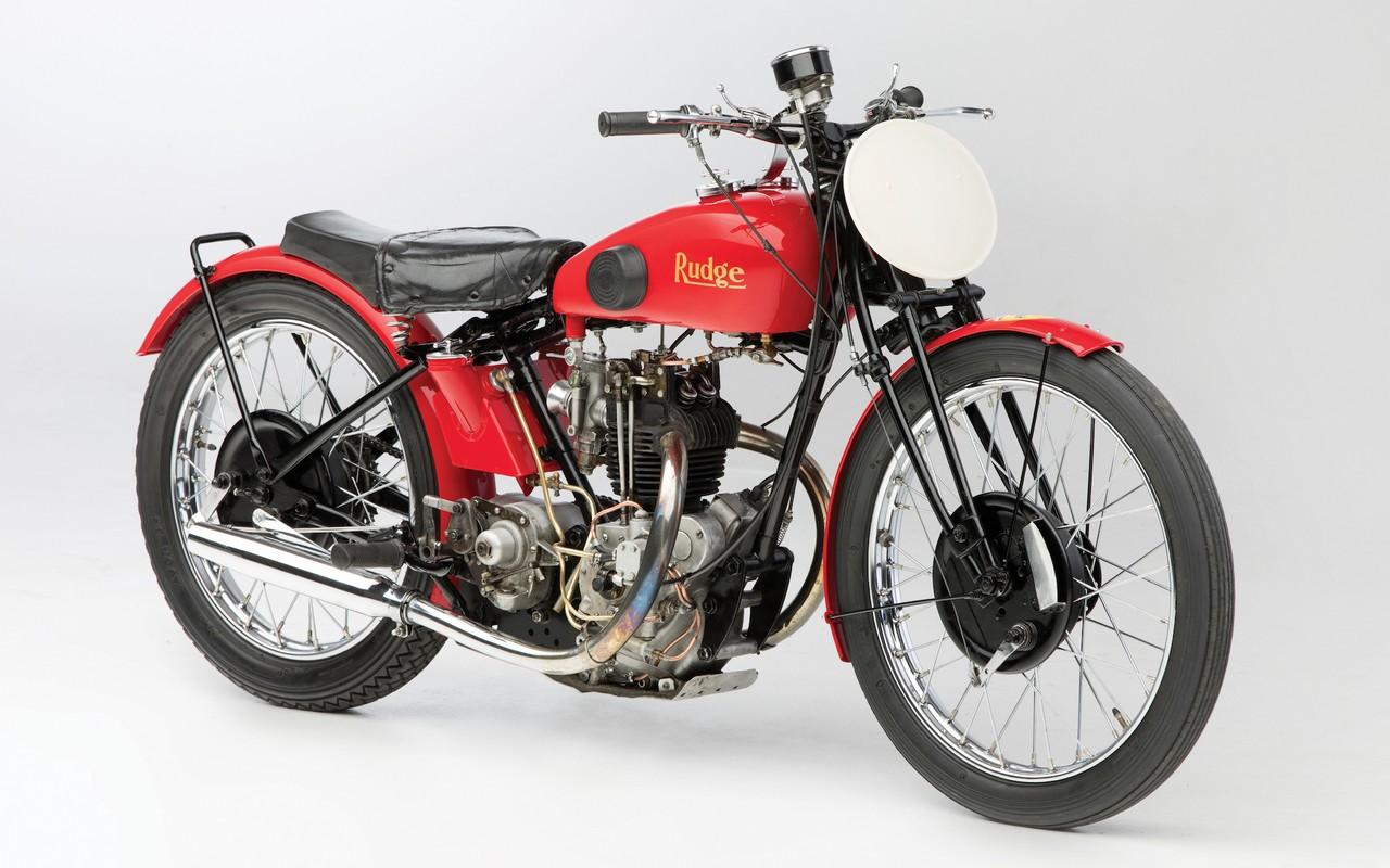 Motocicleta de Ferrari Rudge 14