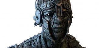 Soldado de: Ágenl Cañas, el artista que trabaja con neumáticos usados para hacer esculturas