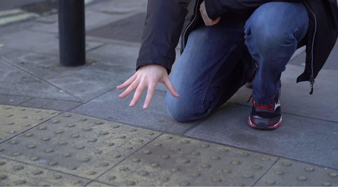 pavimento para ciegos