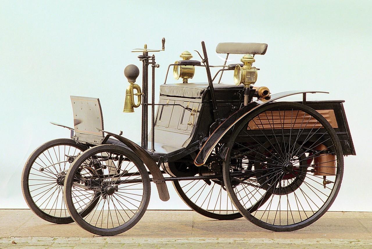 El Arnold Benz el primer coche multado por exceso de velocidad (2)