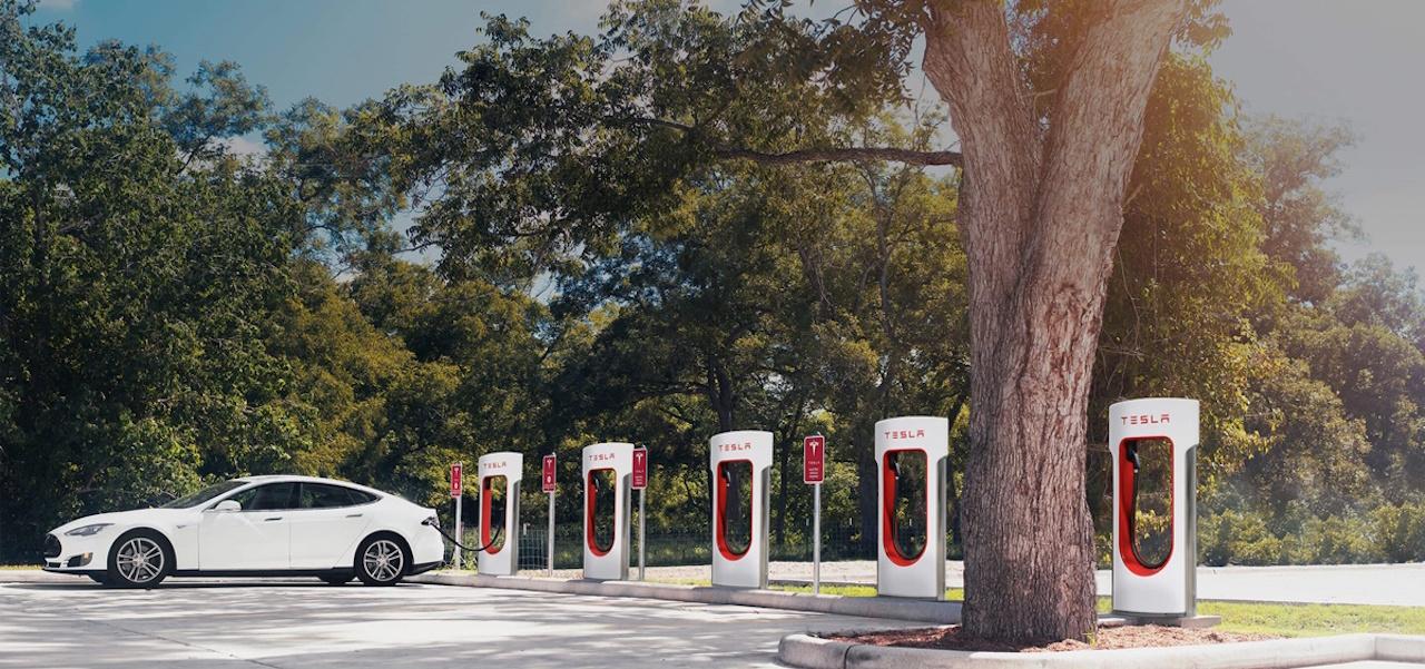 Tesla-Supercargadores-gratuitos (4)