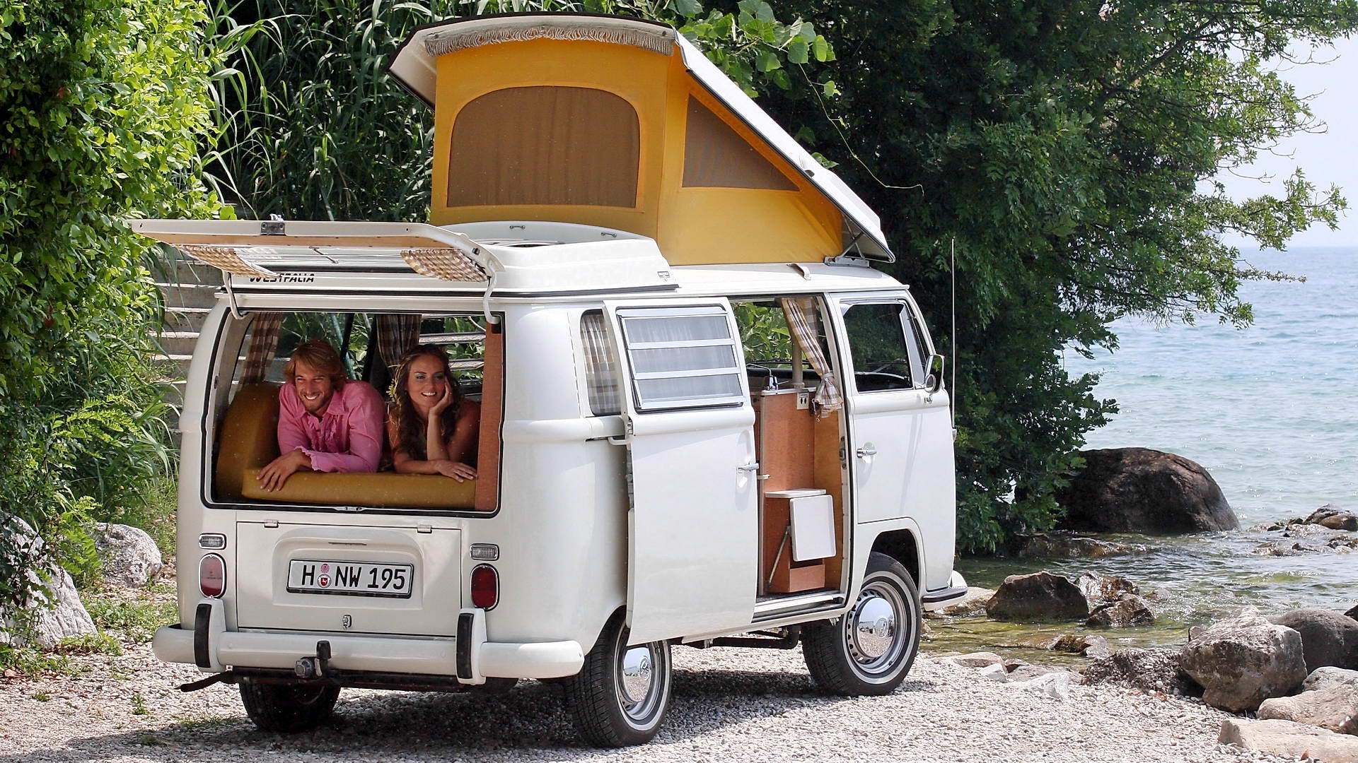 Volkswagen_Transporter_T2_002