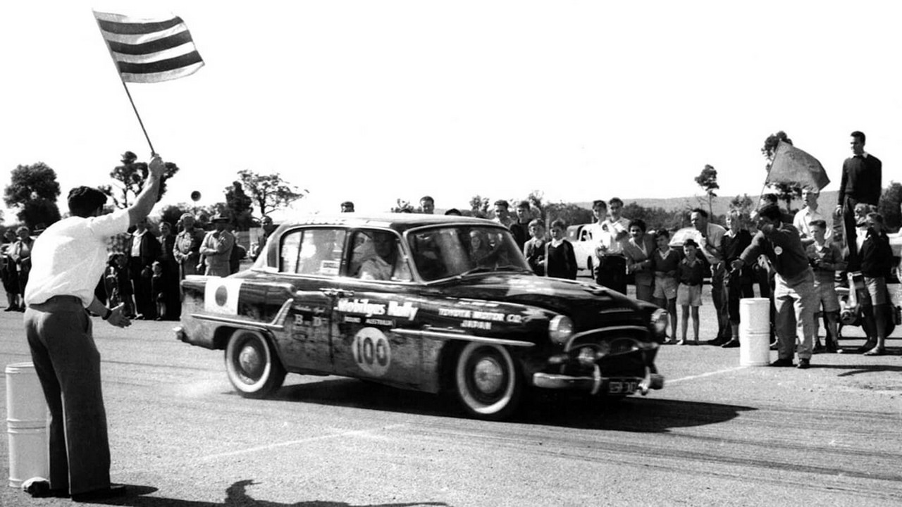 toyopet-crown-delux-rally 2