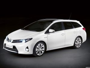 Toyota Auris Touring Sports 2013