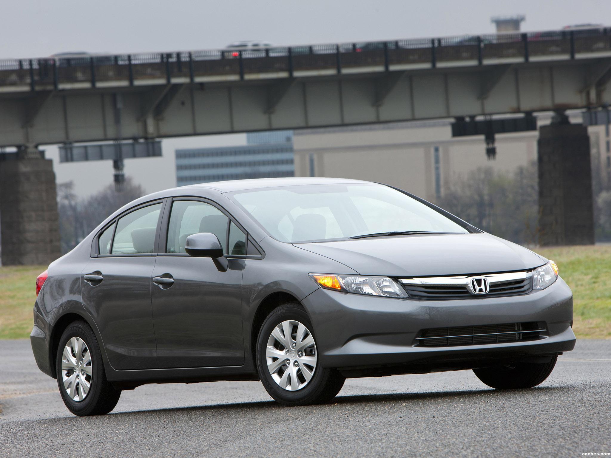 Honda Civic LX Sedan 2011