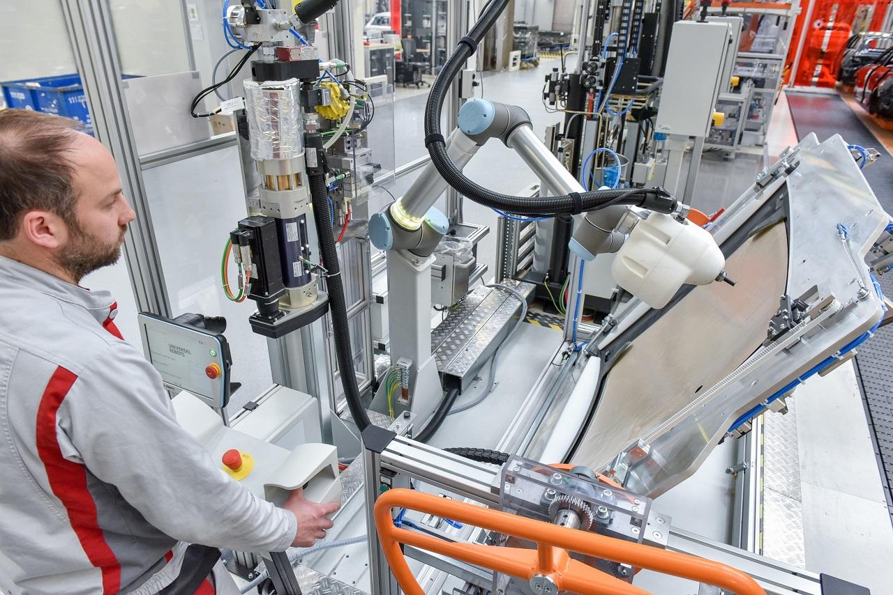Human robot cooperation: KLARA facilitates greater diversity of