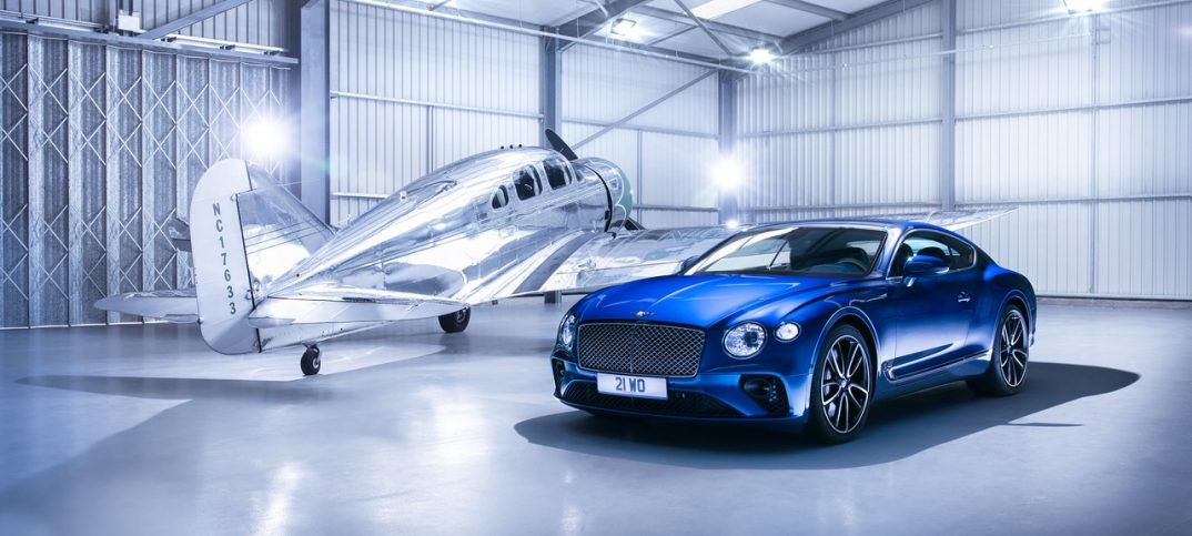 Bentley Continental GT 2018 avión