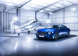 Bentley Continental GT 2018 avión