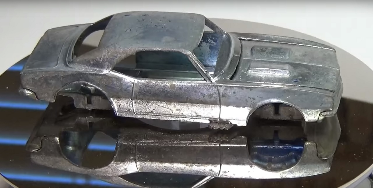 chevrolet-camaro-hot-wheels-restauracion-1