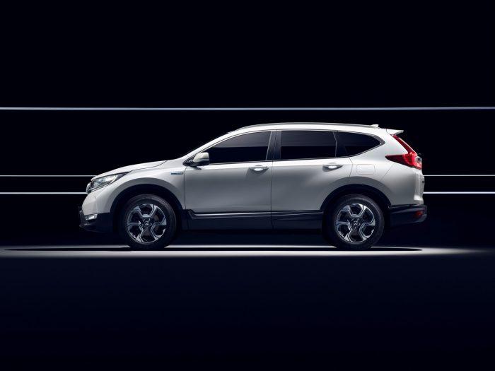 Honda CR-V Hybrid Prototype lateral