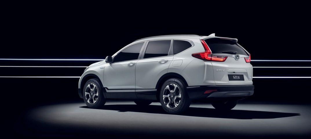 Honda CR-V Hybrid Prototype trasera