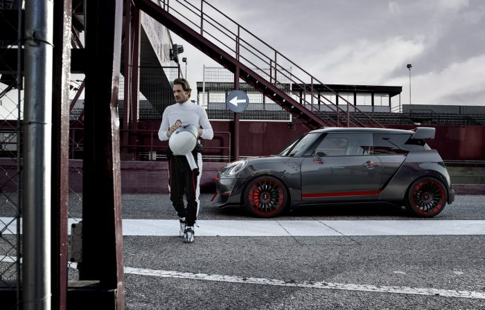 Mini John Cooper Works GP Concept perfil