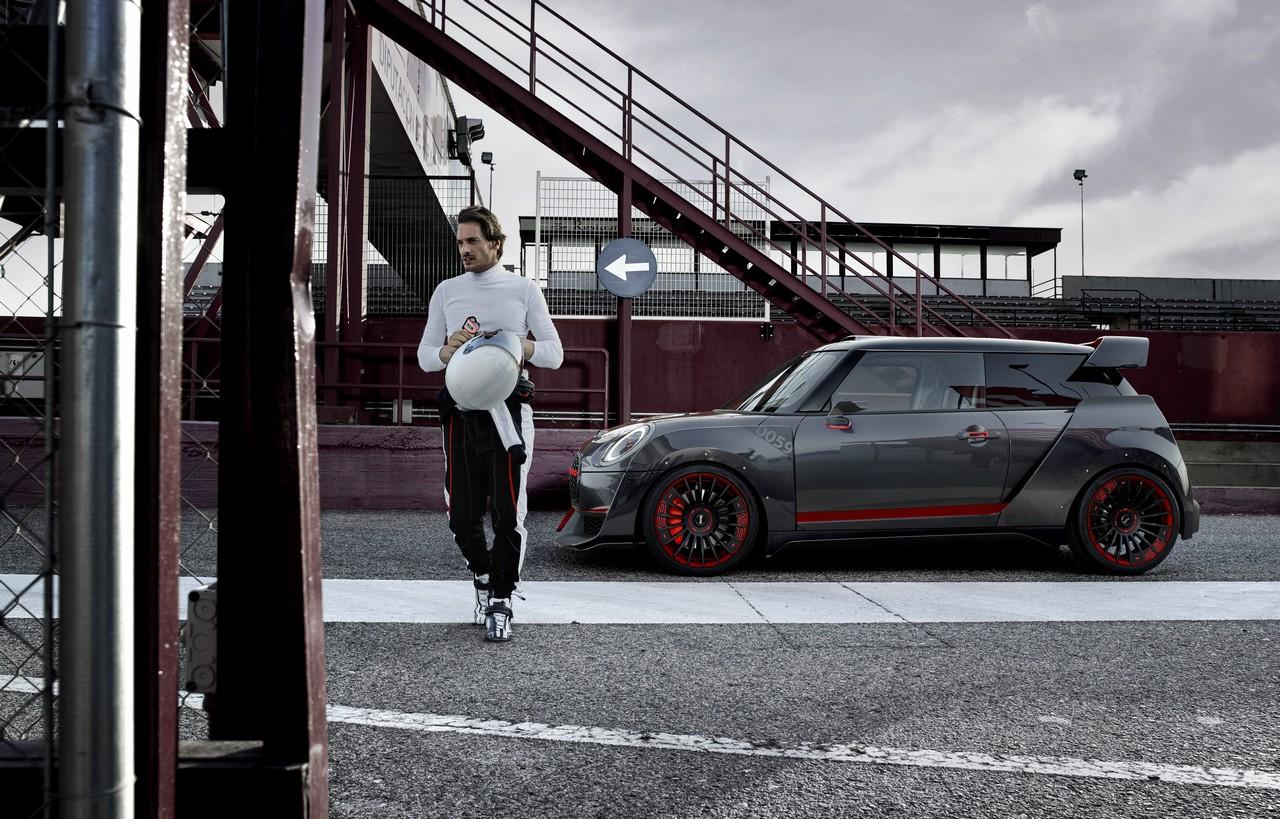 Mini John Cooper Works GP Concept perfil