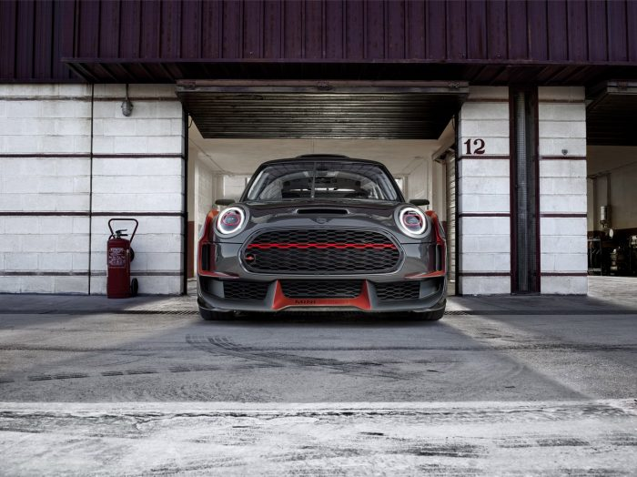 Mini John Cooper Works GP Concept frontal
