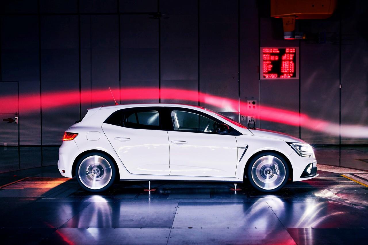 2017 – Nouvelle Renault MEGANE R.S.