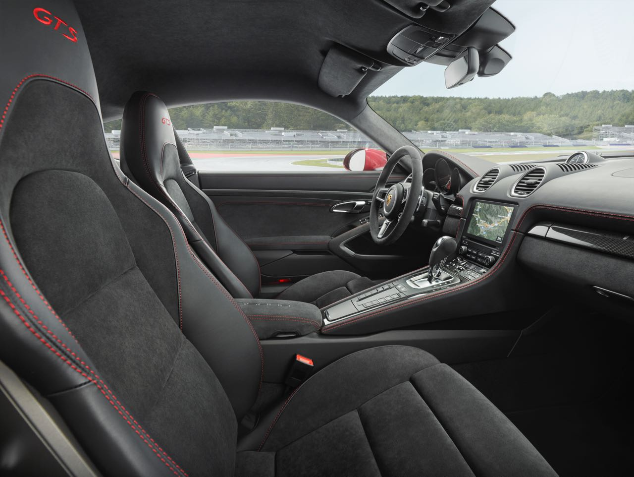 Porsche 718 Boxster GTS interior