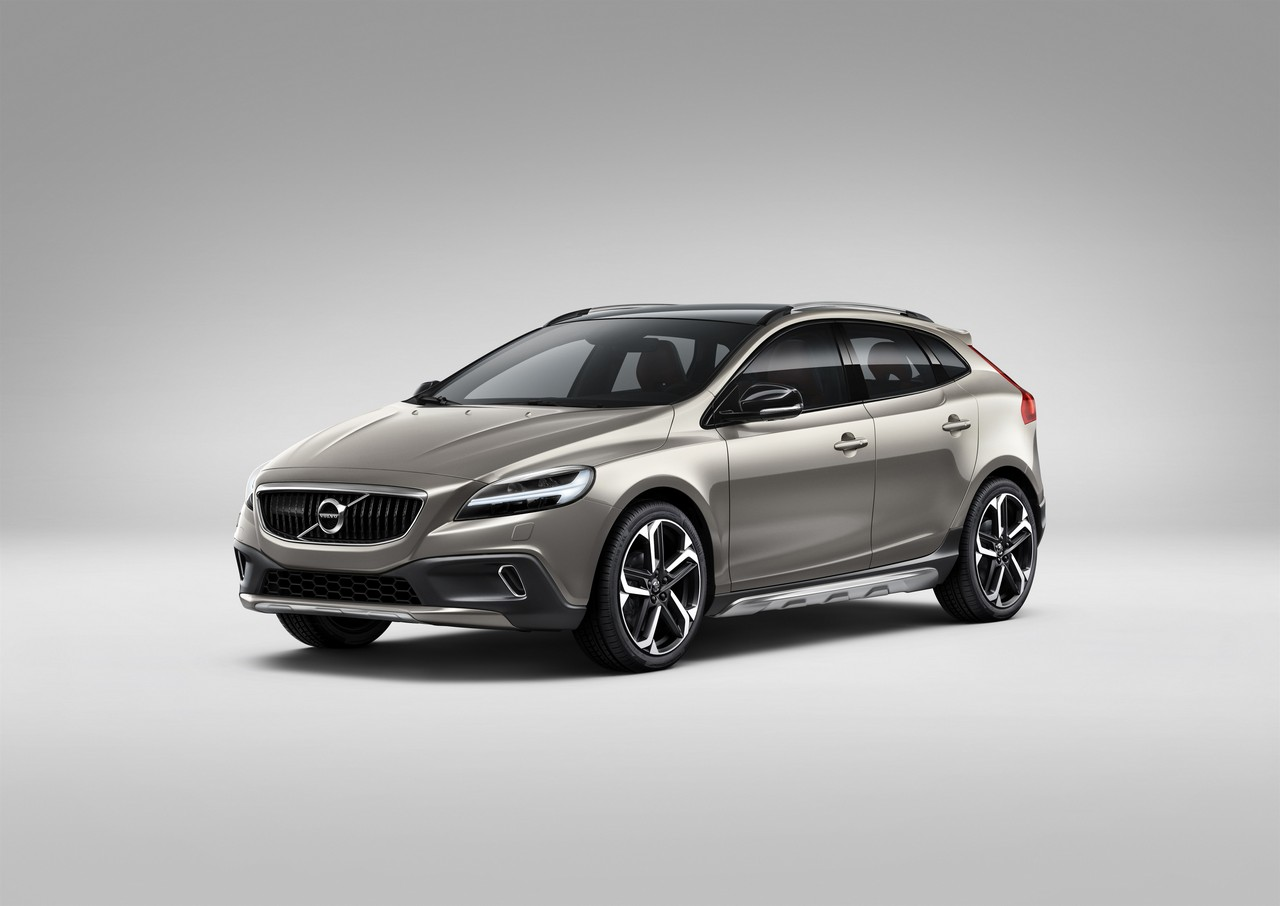 Volvo V40 Cross Country – model year 2017