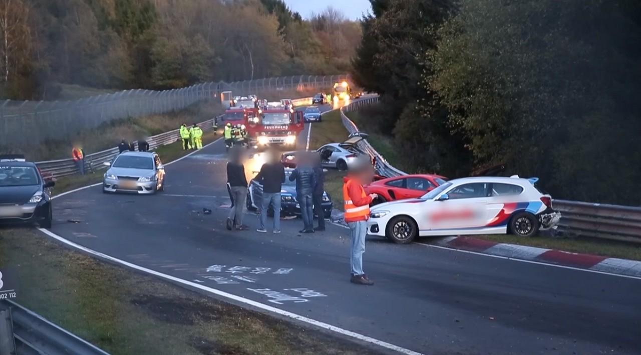 Accidente-Nurburgring-14-vehiculos (4)