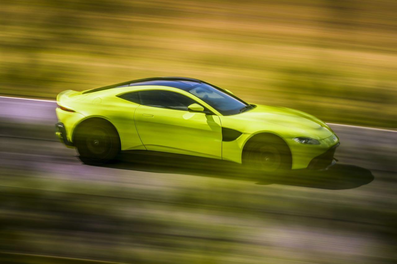 Aston Martin Vantage 2018 – 8