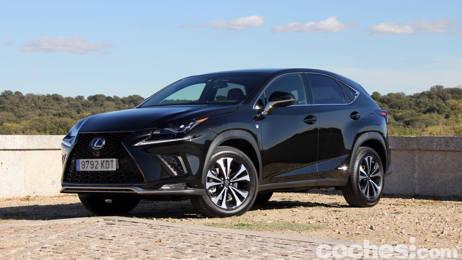 lexus nx 300h f sport prueba contacto. Black Bedroom Furniture Sets. Home Design Ideas