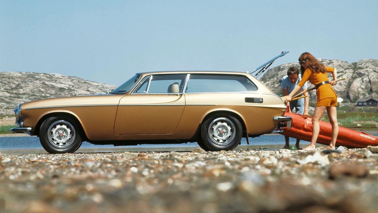 Volvo-1800ES (1)