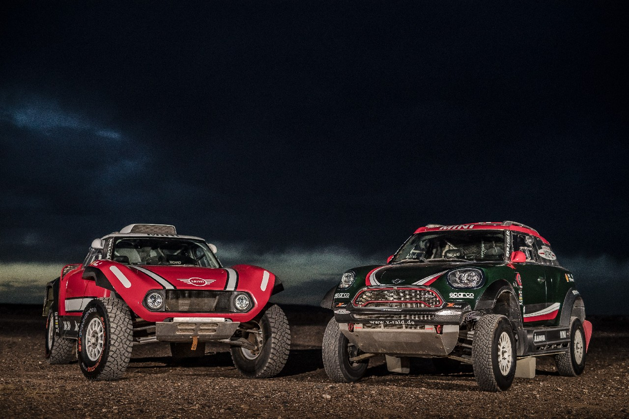 mini-john-cooper-works-dakar 3