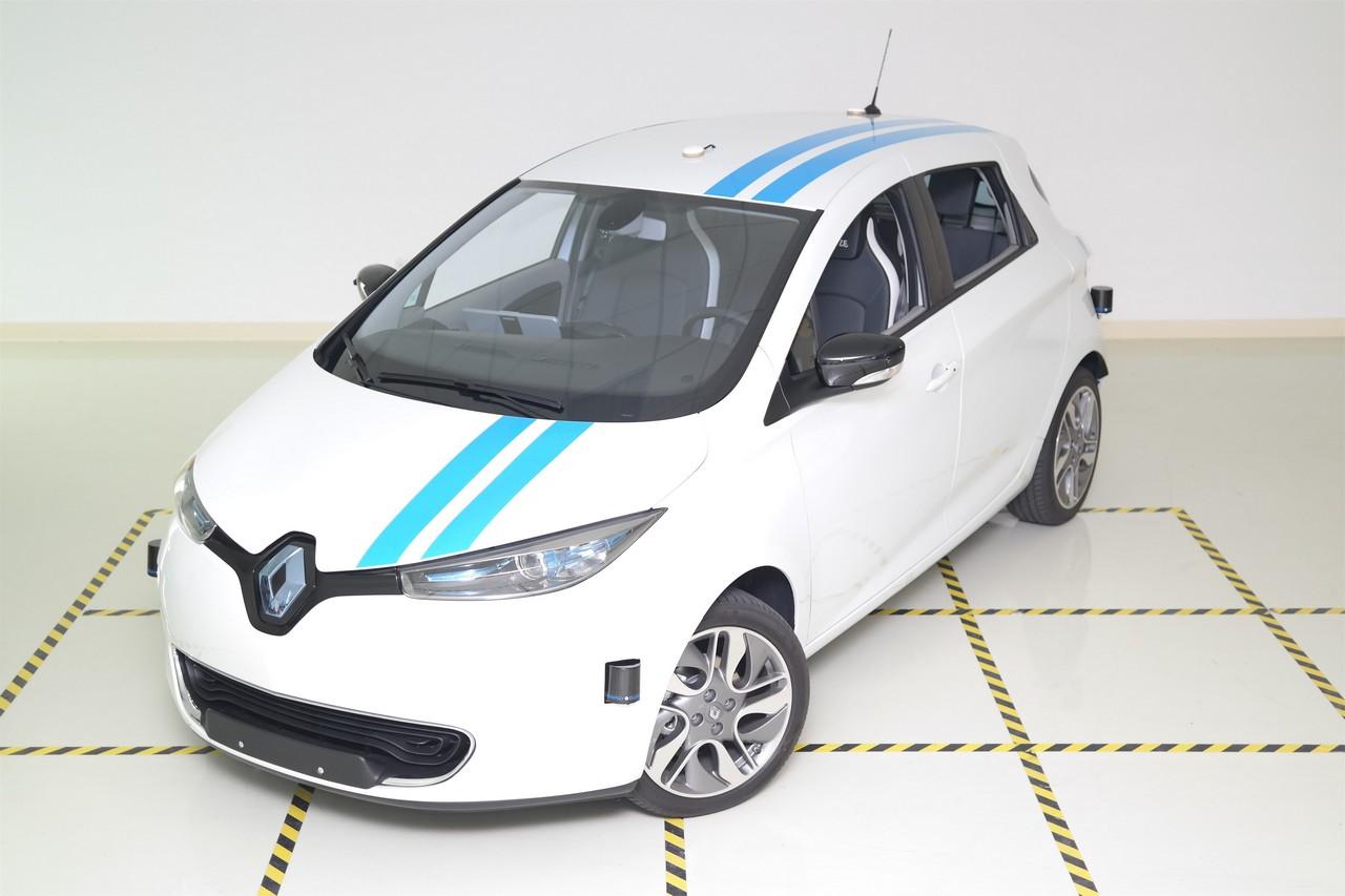 2017 – CALLIE, an autonomous driving car from Renault