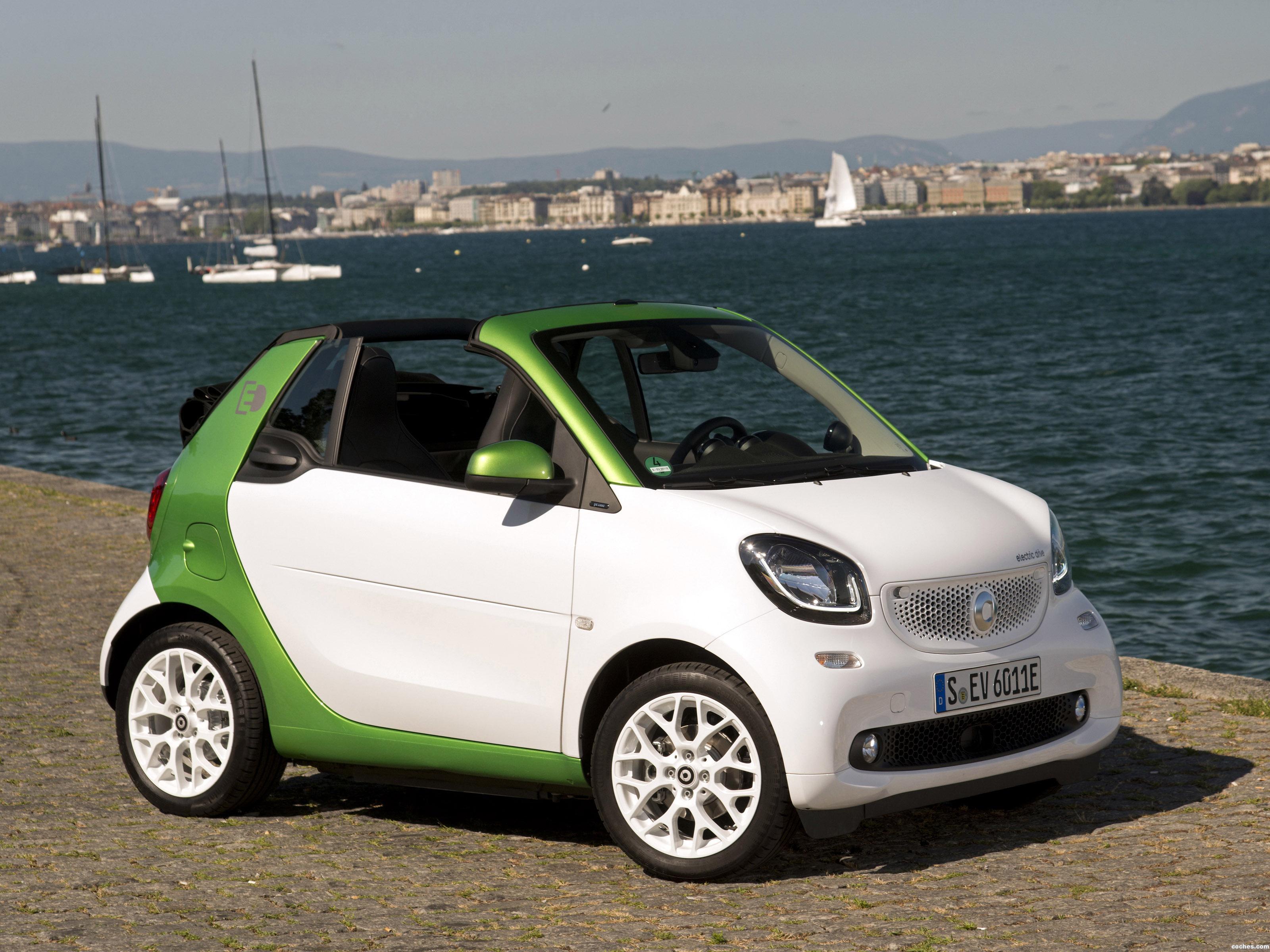smart_fortwo-prime-electric-drive-cabrio-a453-2017_r25.jpg