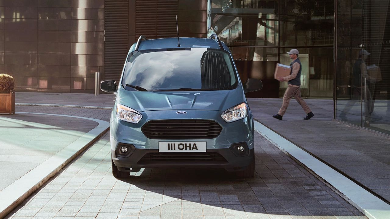 Ford Transit Courier 2018 – 1
