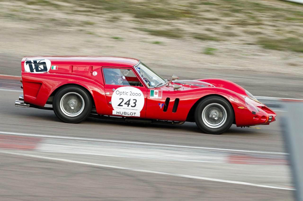 Ferrari_Breadvan_Tour_Auto_2014_Circuit_de_Dijon_Prenois_05_recadrée