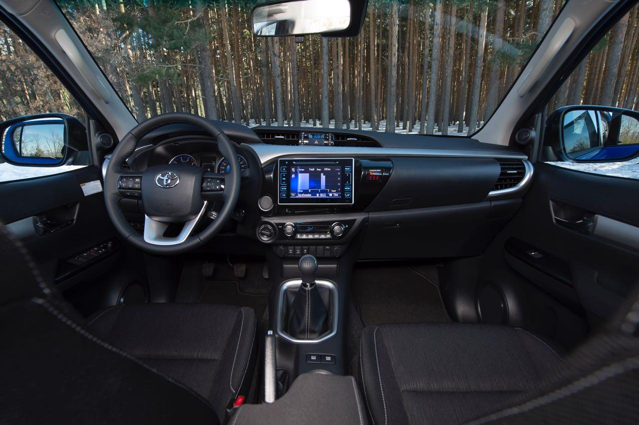 Toyota Hilux Interior on Toyota Land Cruiser Gx