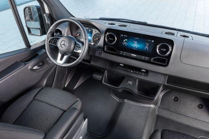 Mercedes Sprinter 2018. Interior